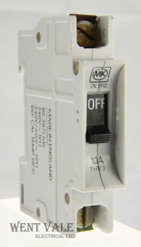 MK Sentry - LN5910 - 10a Type 2 Single Pole MCB Used